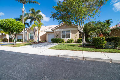Delray Beach Single Family Home For Sale: 271 E Coral Trace Circle