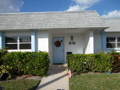West Palm Beach Single Family Home For Sale: 2638 Gately Drive E #30