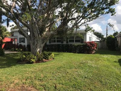 Lake Worth Single Family Home For Sale: 426 Virginia Drive
