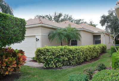 Delray Beach Single Family Home For Sale: 15577 Canabria Lane