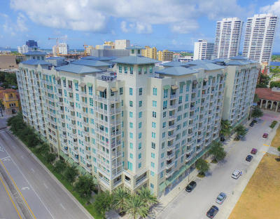 West Palm Beach Condo For Sale: 480 Hibiscus Street #736