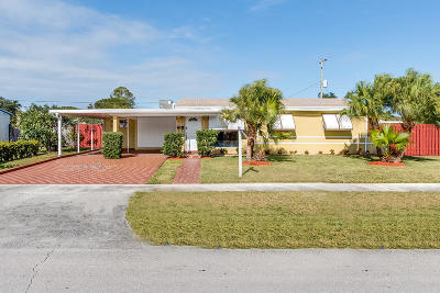 Lake Worth Single Family Home For Sale: 336 Winged Foot Road