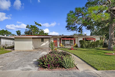 Lake Worth Single Family Home For Sale: 1432 Lakeview Drive