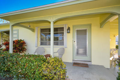 Boynton Beach Single Family Home For Sale: 220 SE 2nd Avenue