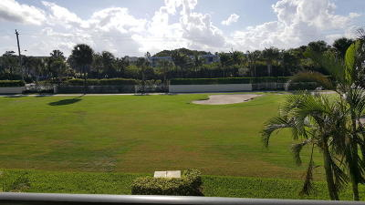 Jupiter Condo For Sale: 702 Clubhouse Circle