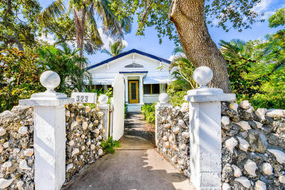 Lake Worth Single Family Home For Sale: 323 S Palmway
