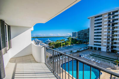North Palm Beach Condo For Sale: 1208 Marine Way #405