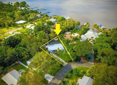 Stuart Single Family Home For Sale: 515 S South River Point Drive