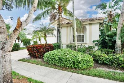 West Palm Beach Single Family Home For Sale: 9173 Bay Point Circle