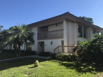 Palm Beach Gardens Condo For Sale: 448 Brackenwood Lane S #448