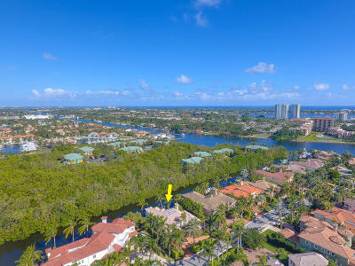 North Palm Beach Single Family Home For Sale: 829 Harbour Isles Place
