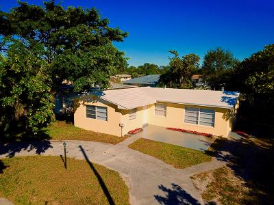 Lake Park Single Family Home For Sale: 321 6th Street