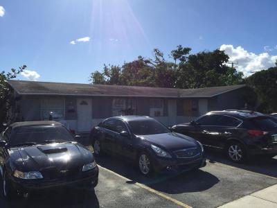 Pompano Beach Multi Family Home For Sale: 200 NE 18 Street #1&2