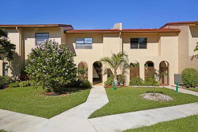 Boca Raton Townhouse For Sale: 21205 Lago Circle #C