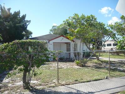 West Palm Beach Single Family Home For Sale: 119 E 23rd Street