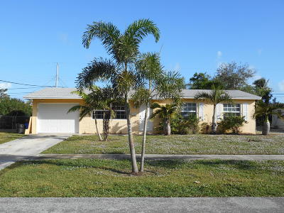 North Palm Beach Single Family Home Contingent: 916 Laurel Road