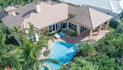 Hobe Sound Single Family Home For Sale: 9980 SE Sandpine Lane