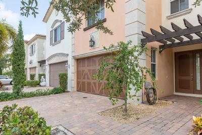 West Palm Beach Townhouse For Sale: 2054 Foxtail View Court