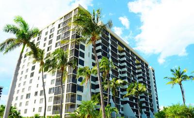 Coronado At Highland Beach Condo Condo Contingent: 3420 S Ocean Boulevard #3r