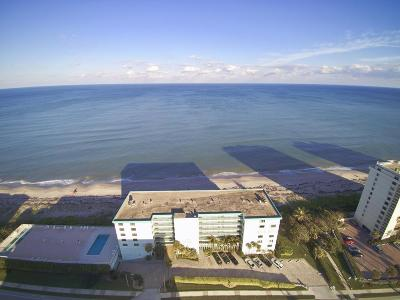 Juno Beach Condo For Sale: 900 Ocean Drive #207