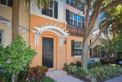 Delray Beach Townhouse For Sale: 376 W Mallory Circle