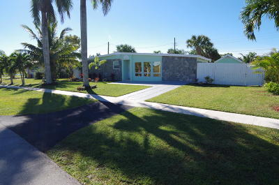 West Palm Beach Single Family Home For Sale: 724 Orchid Drive