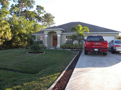 Port Saint Lucie Single Family Home For Sale: 1137 SW Ithaca Street