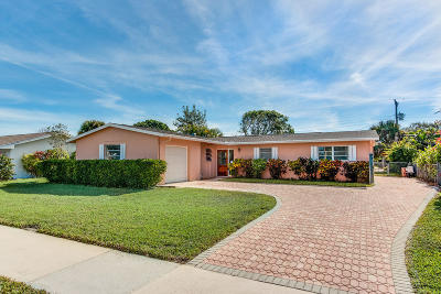 North Palm Beach Single Family Home For Sale: 708 Robin Way