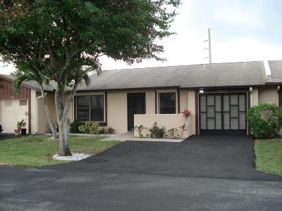 Delray Beach Townhouse For Sale: 5400 Viburnum Circle