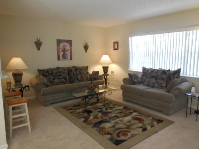 West Palm Beach FL Condo For Sale: $49,900