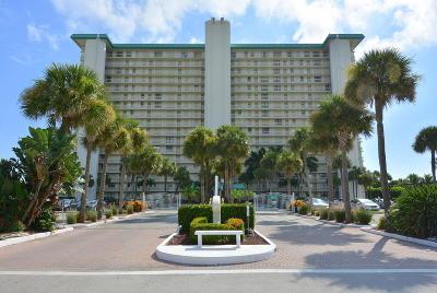 Jensen Beach Condo For Sale: 9900 S Ocean Drive #1101