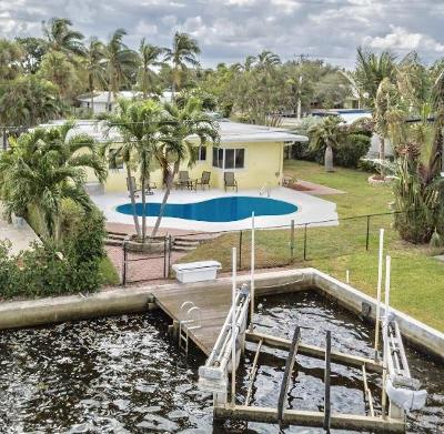 Lake Worth Single Family Home For Sale: 26 Harvard Drive