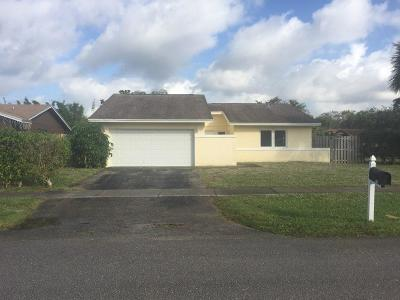 Boca Raton Single Family Home Contingent: 9095 Saddlecreek Drive