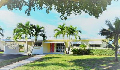 North Palm Beach Single Family Home For Sale: 741 Eagle Way
