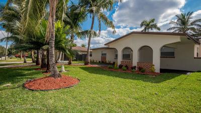Davie Single Family Home For Sale: 5600 SW 54th Street