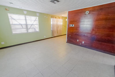 Pompano Beach Single Family Home For Sale: 2738 NW 4th Court