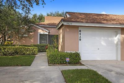 Boca Raton Single Family Home For Sale: 8429 Winding Stream Lane