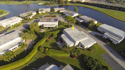 Atlantis Single Family Home For Sale: 401 French Royale Circle