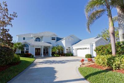 Vero Beach Single Family Home For Sale: 8 Cache Cay Drive