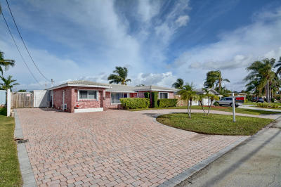 Pompano Beach Single Family Home For Sale: 401 SW 18th Court