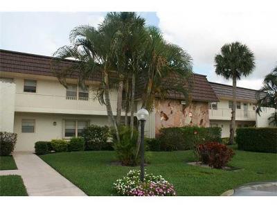 Royal Palm Beach Condo For Sale: 12002 Poinciana Boulevard #205