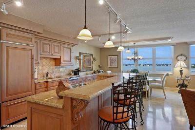 Aquarius Condo For Sale: 5440 Ocean Drive #802