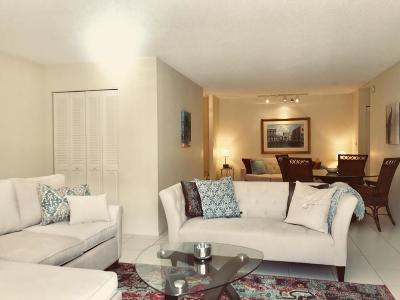 Highland Beach Condo For Sale: 3215 S Ocean Boulevard #703