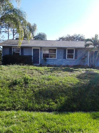 Port Saint Lucie Single Family Home For Sale: 307 NW La Playa Street