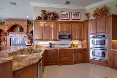 Avalon Estates Single Family Home For Sale: 7774 Rinehart Drive