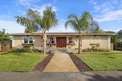 West Palm Beach Single Family Home For Sale: 3614 Poinsettia Avenue