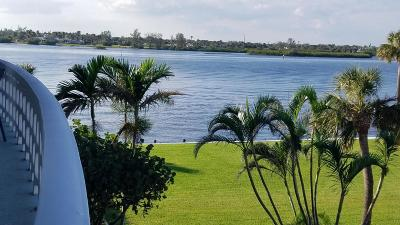 Palm Beach Condo For Sale: 2760 S Ocean Boulevard #301