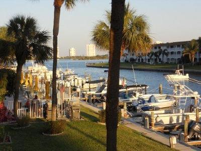 North Palm Beach Condo For Sale: 108 Paradise Harbour Boulevard #210
