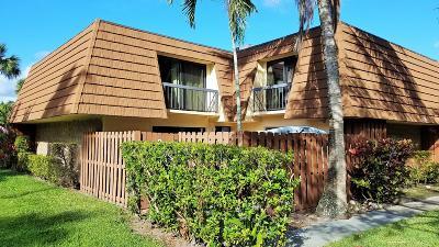 Townhouse Sold: 825 Center Street #15d