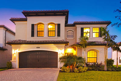 Delray Beach Single Family Home For Sale: 16353 Pantheon Pass